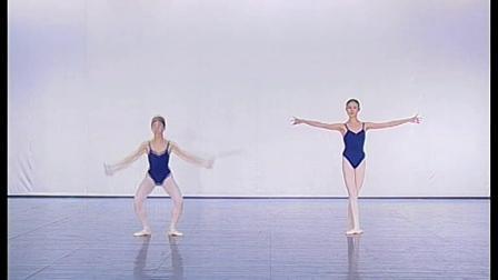 北舞附中古典舞蹈基础基本功示例课女班3年级第2学期4 跳的训练