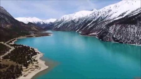 呼斯楞--云中有座柏树山