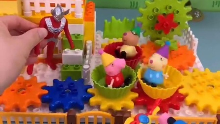 佩奇他们去游乐场玩了,乔治骑着车来了,乔治为啥进不去