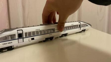 趣乐牌玥乐01:87合金正版和谐五号360km/h电力高铁动车组中国高速铁路标志CRH380A-1527回力声光开启列车门模仿报站一等座位D3201