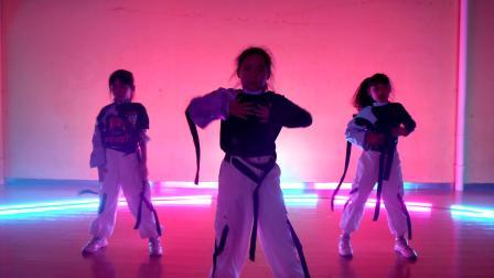好想生女孩!郑州儿童舞蹈培训学校,少儿爵士舞视频《没有明天》