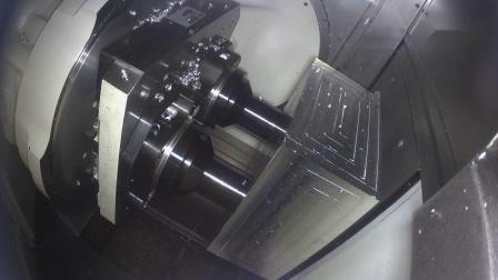 格劳博五轴联动通用加工中心第二代G350加工雪橇样件