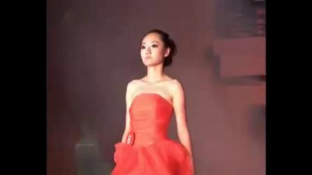 浙理工科艺的09模特大赛(晚礼服展示)
