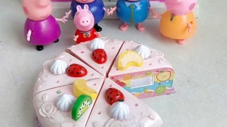 小猪佩奇家吃蛋糕啦,一共分成六等份,小猪家的成员都可以吃