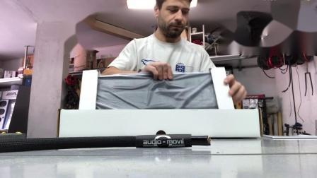 解锁舞仕刚柔Pro 5 30专业级功放的正确开箱方法
