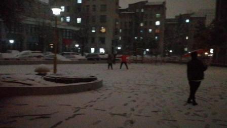 河南郑州突降大雪