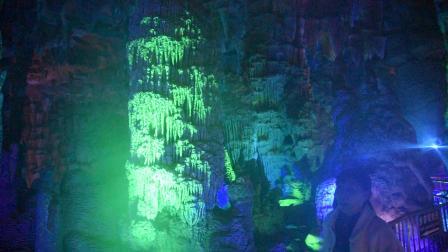 20210221泰山大裂谷钟乳石 (2)