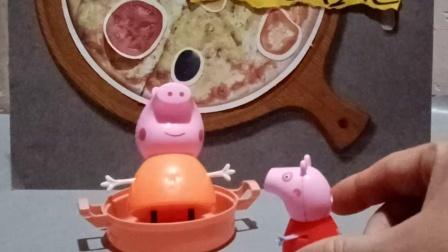 萌娃玩具:佩奇是一个爱干净的孩子