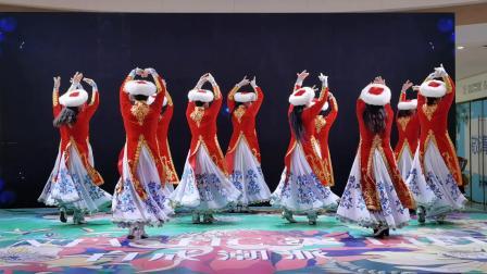 新疆舞《美丽古丽》表演者:董兰玉等 东营市海之蓝舞蹈队          (谷九展录制)