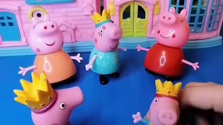 小猪佩奇回家啦,家里有三个一模一样的猪妈妈,乔治回家来辨认