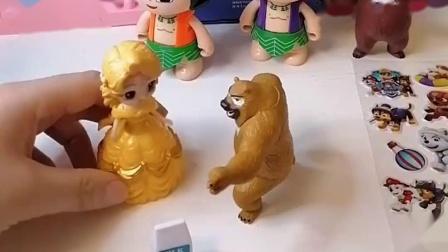 葫芦娃兄弟去上幼儿园,熊二不想上学去,熊大要带着熊二去学知识