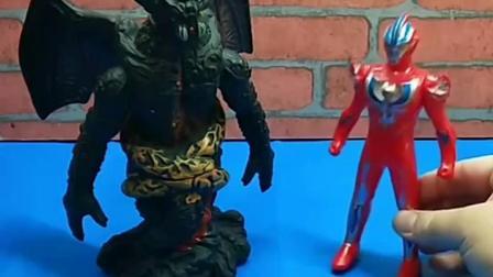 奥特曼来找怪兽玩,等他们长大了还在一起玩,他们的能力都很强