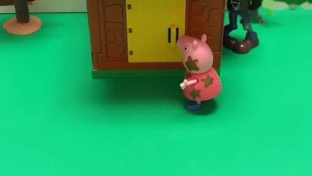 猪奶奶把小猪赶进猪圈,僵尸偷小猪,猪奶奶真厉害!
