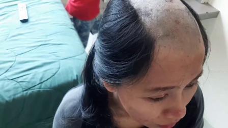 发质太差,直接剃个光头改善