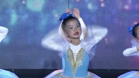《家住桃花山》狂舞派舞蹈学院