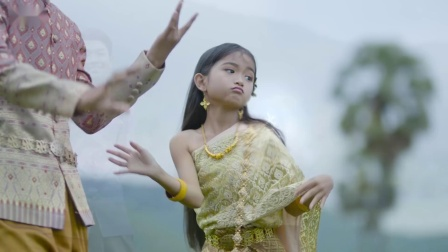 柬埔寨歌曲 ទាញី ទាឈ្មោល  រ៉ែន និង ផល្លី