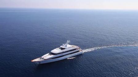 这位女士有点特别,斐帝星63米超级游艇Lady Britt号
