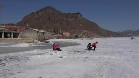 北甸冰上活动的快乐