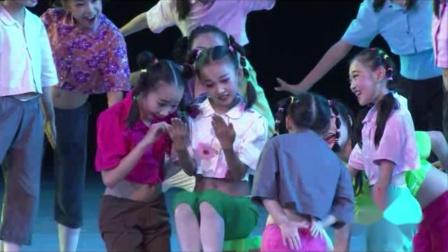 2021最新幼儿园六一节目舞蹈《野菊花》