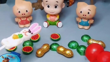 大头儿子有好多的零食,糖葫芦和糖果都不吃,大头选择了巧克力