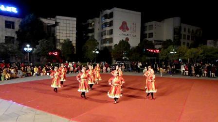 3.8节舞蹈一组演出  (美丽的草原我的家)