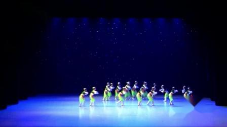 2021最新幼儿园六一舞蹈《盖碗茶》