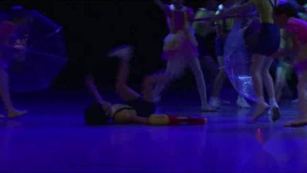 2021最新幼儿园六一舞蹈《让我多玩会儿》