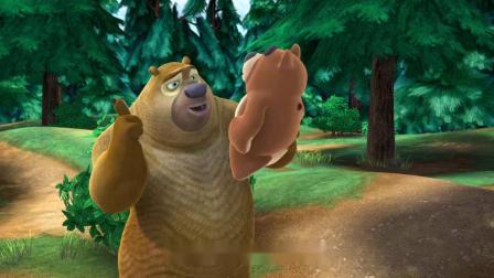 熊出没:熊二啥时候才能长大,那么大个熊了,还跟一布娃娃玩儿
