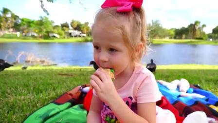 国外儿童时尚,小女孩跟爸爸在湖边玩耍,真有趣啊
