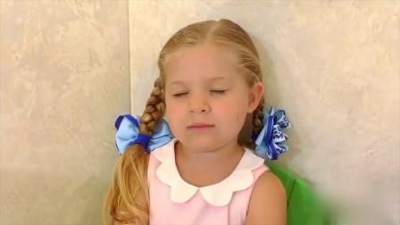国外儿童时尚,小萝莉精心照顾玩具宝宝,你喜欢吗