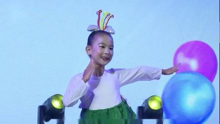 2021最新幼儿园六一舞蹈《妞妞的美食》