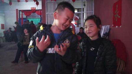 李辰先生王红女士为令郎花烛之喜