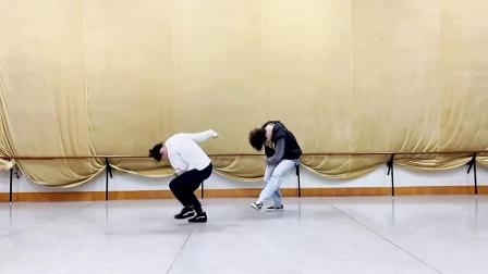 刘福洋老师舞蹈《最亲的人》_1080p