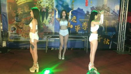 Baby Queens(萬萬兒 邵艾 點點)-朴子廟會舞台熱舞2