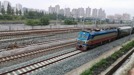 20200815 160013 阳安线客车K1364次列车晚点11个小时进汉中站