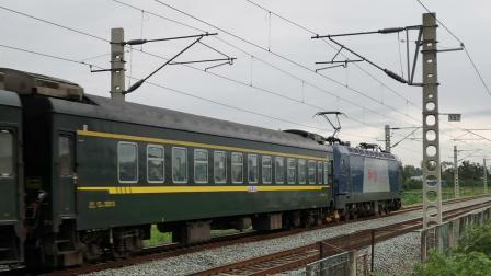 20200816 163209 阳安线客车FK206次列车接近汉中站(因宝成线暴雨)