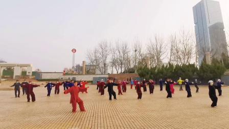 开发区老年体协 新编28式太极拳教学集体演练