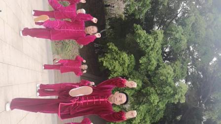 赣县区白鹭湾气功五禽戏展示