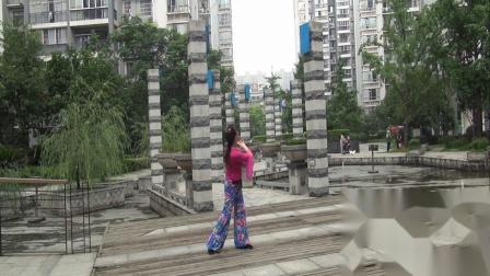 雪冰青春活力广场舞《鹤乡情歌》优美动听~形体舞蹈~雪冰演示