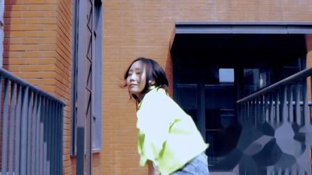 抖音热门舞蹈推荐,最近非常火的舞蹈小视频,郑州皇后舞蹈培训学校
