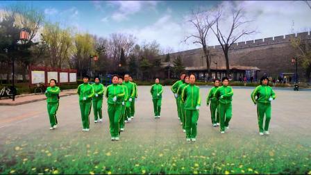 山海关榆关广场健身操队展演舞林盟主《花开中国》精典版健身操