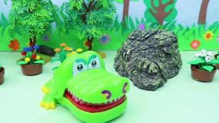 贝儿和白雪讲巫婆在湖里养了鳄鱼,白雪说要去整整他,去湖边和鳄鱼说让他翻几下