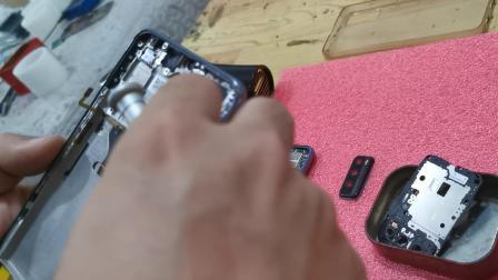 畅享20Pro换带中框屏幕教程畅享Z 荣耀30青春版拆机视频维修屏幕
