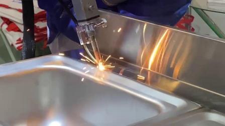 厨具水槽焊接,效果绝了