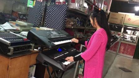 双电子琴演奏《最美的歌唱给妈妈》