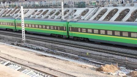 20201017 165458 陇海铁路客车D6815次列车进西安站