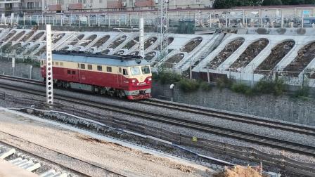 20201017 170304 陇海铁路DF4D单机进西安站