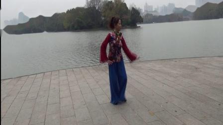 雪冰青春活力广场舞《浏阳河水》(原创)编舞~雪冰~演示