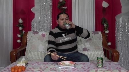朱坤中午吃饺子
