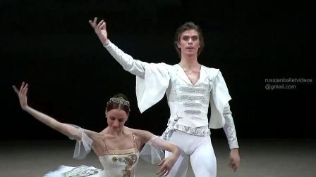 2010 莫大 Gala 1